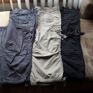 Women's cargo Capri pants